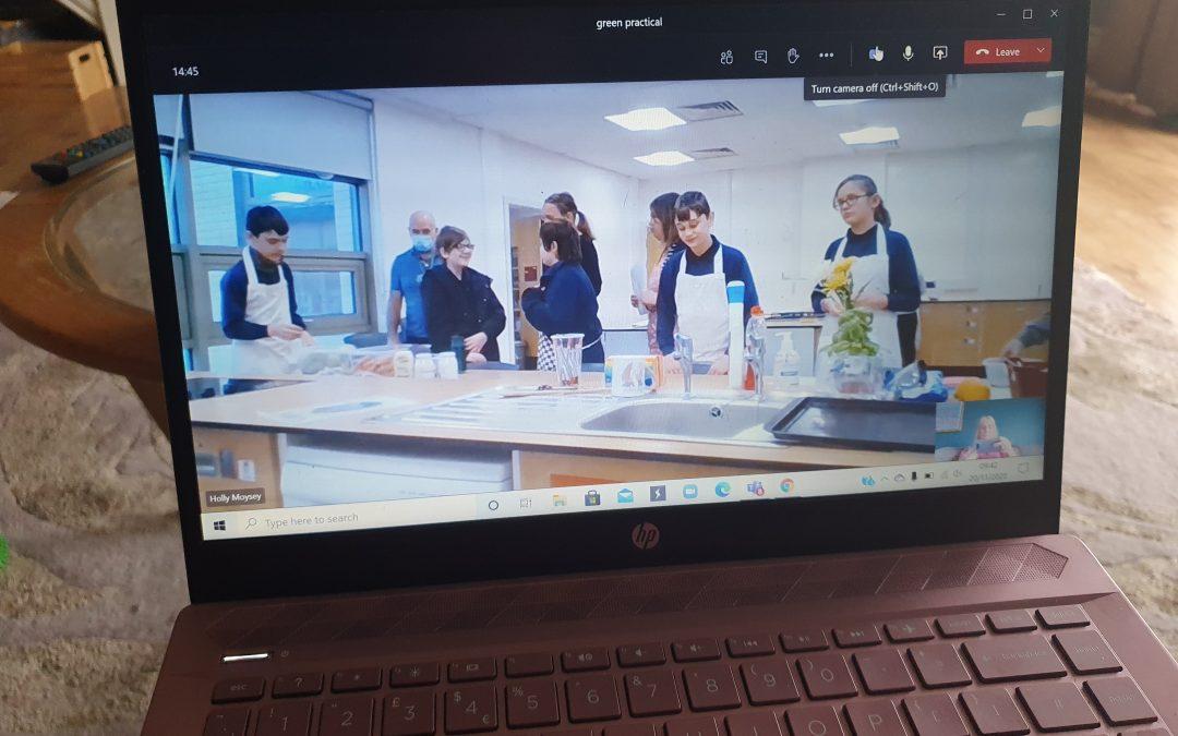 Cooking online!